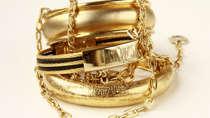 What You Need to Know About Different Kinds of Gold Jewelry - Tidbits of Care