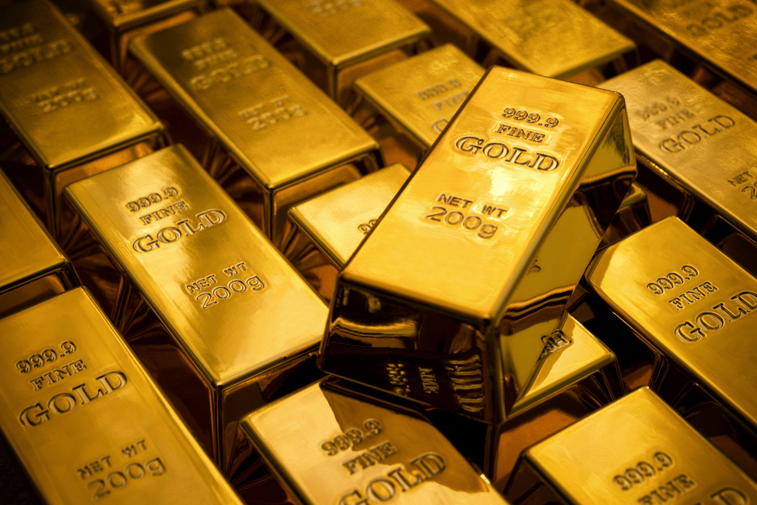 Consumer buys gold while institutions sell; gold demand remains stable: World Gold Council