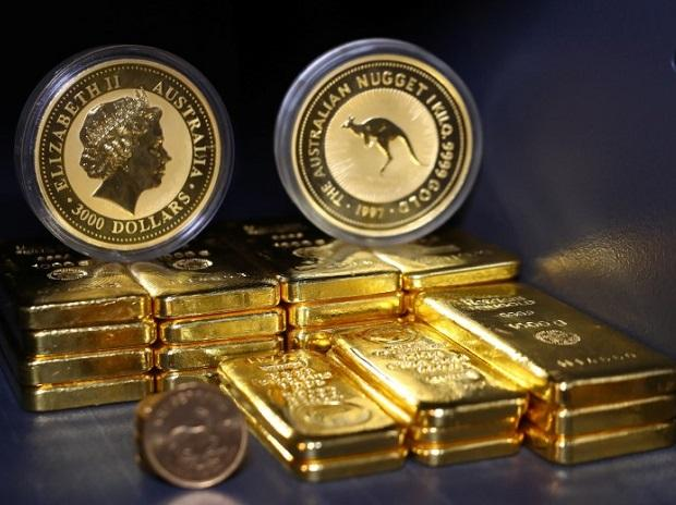 Gold prices at 1-month high as dovish Fed stance lifts bullion appeal | Business Standard News